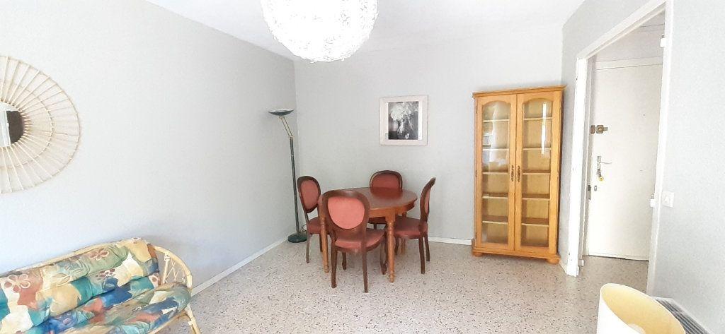 Appartement à louer 2 38.39m2 à Nice vignette-9