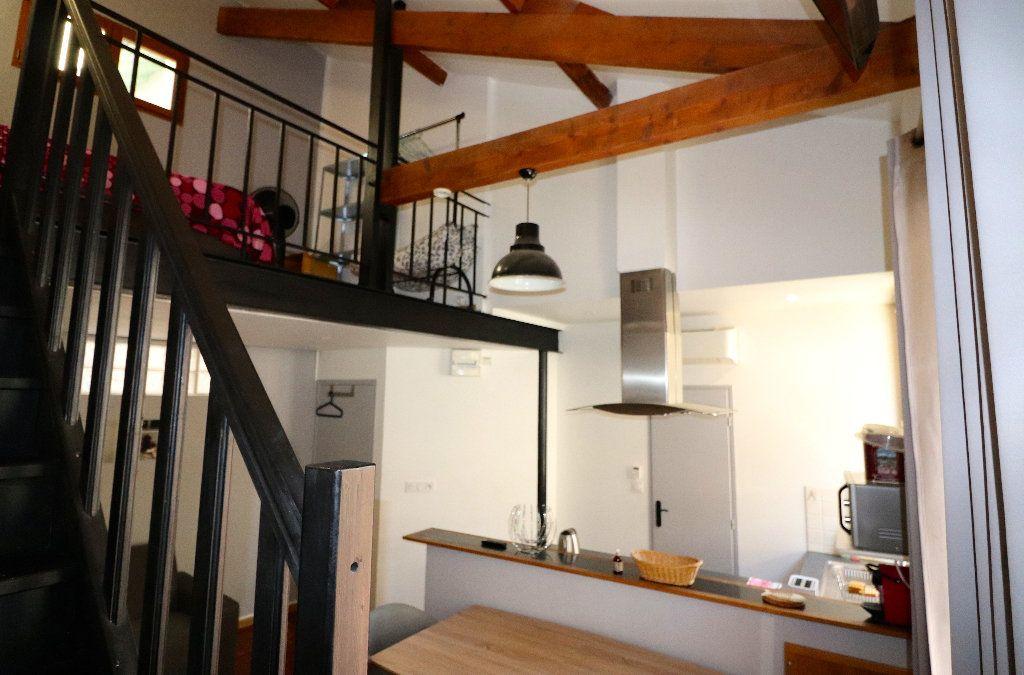 Appartement à vendre 2 33m2 à Nice vignette-2