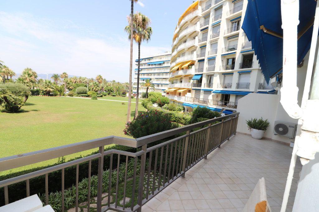 Appartement à vendre 3 96.11m2 à Cannes vignette-4