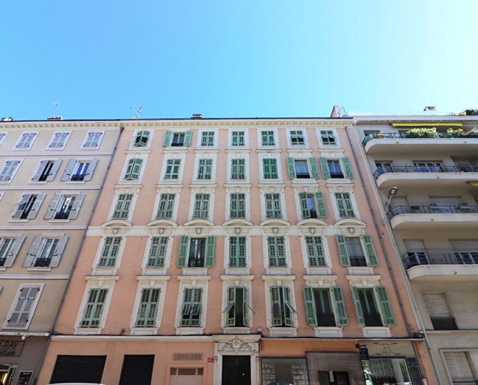 Appartement à vendre 1 18.17m2 à Nice vignette-1