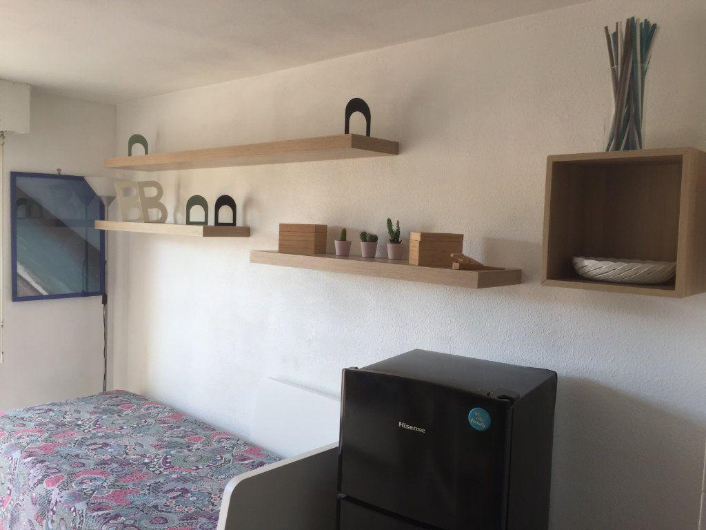 Appartement à louer 1 16.43m2 à Nice vignette-3