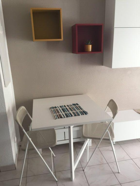 Appartement à louer 1 16.43m2 à Nice vignette-5
