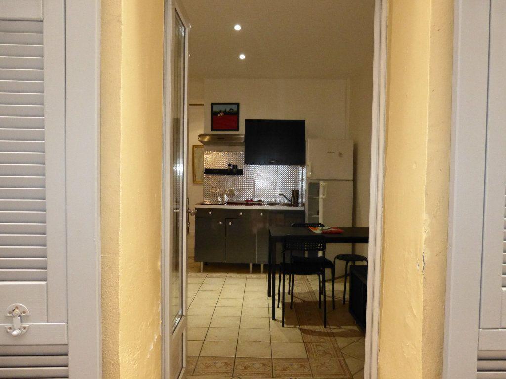 Appartement à vendre 1 22.79m2 à Nice vignette-2