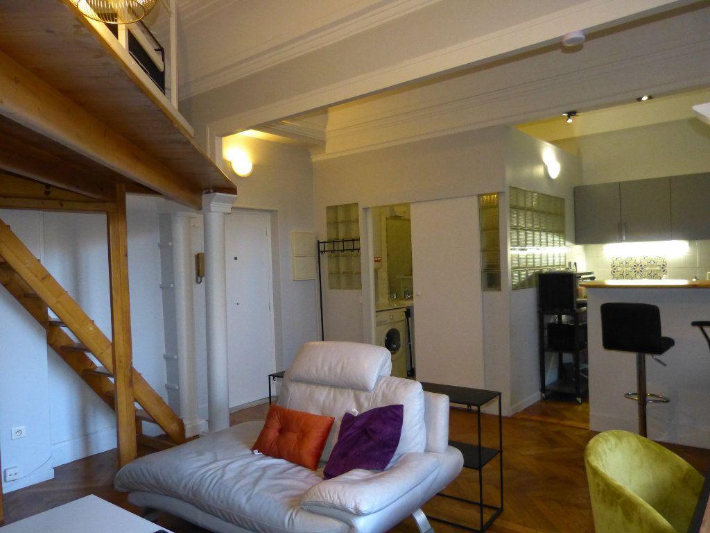 Appartement à louer 1 34.18m2 à Nice vignette-2