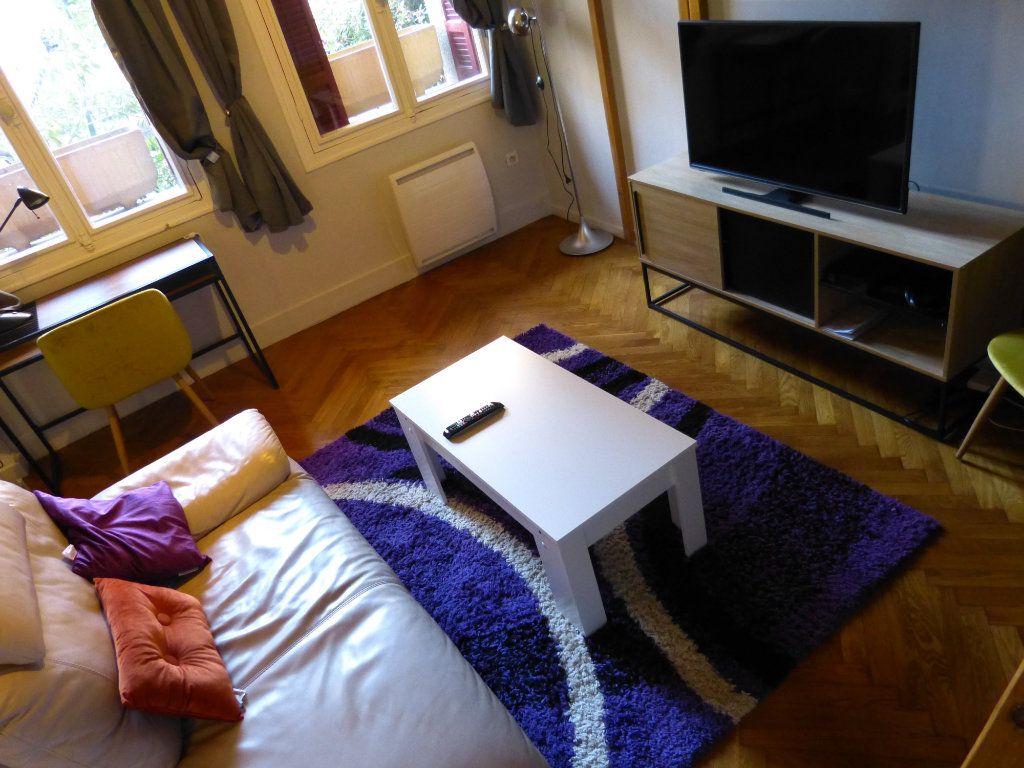 Appartement à louer 1 34.18m2 à Nice vignette-6