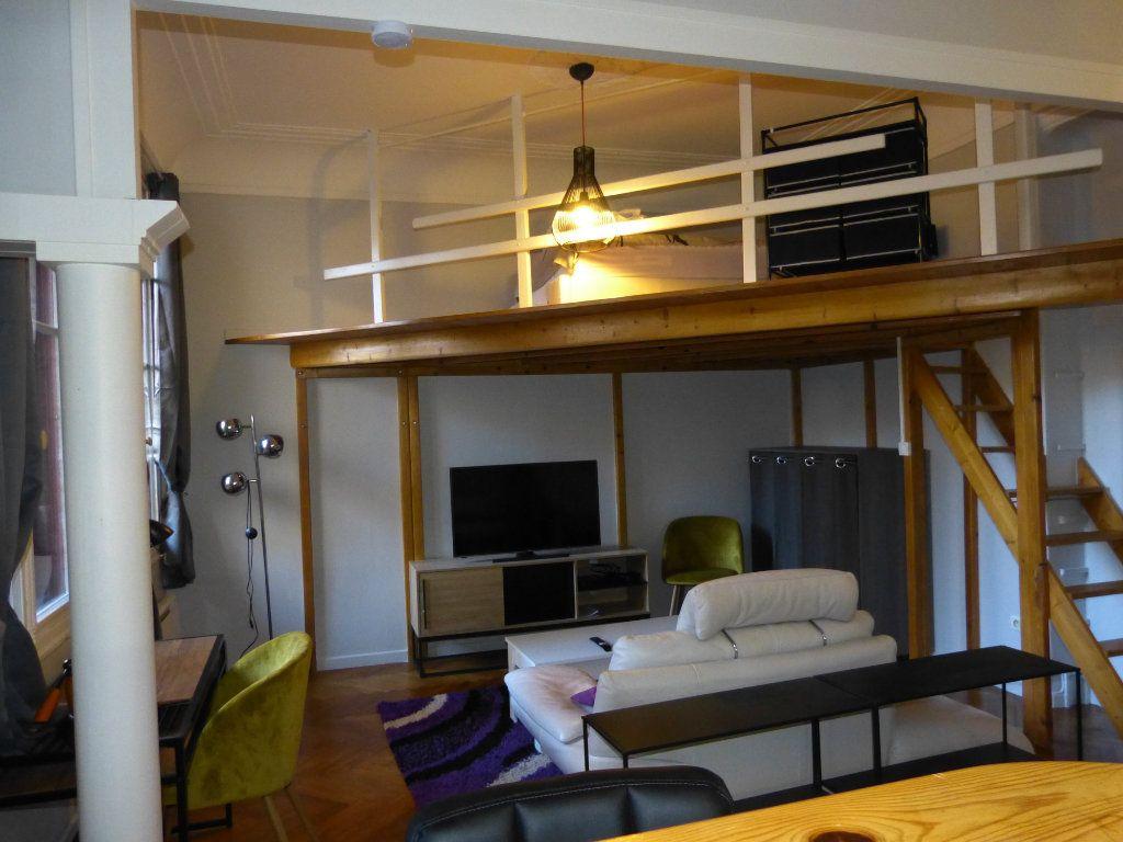 Appartement à louer 1 34.18m2 à Nice vignette-7