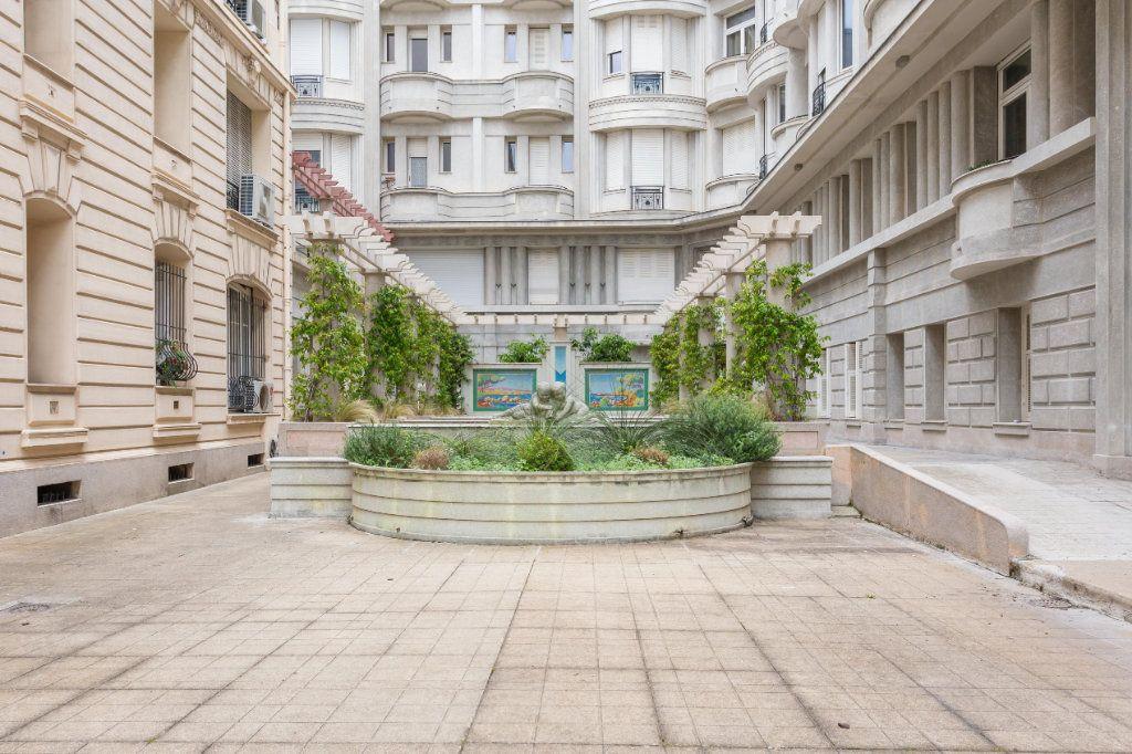 Appartement à vendre 4 93m2 à Nice vignette-14