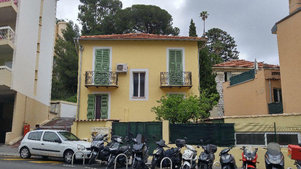 Appartement à louer 1 27.35m2 à Nice vignette-5