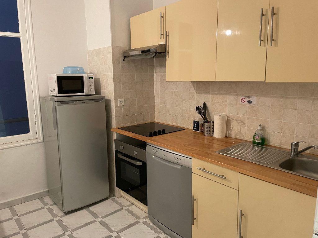 Appartement à louer 2 54.55m2 à Nice vignette-2