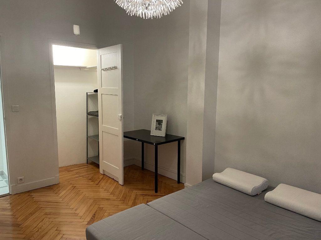 Appartement à louer 2 54.55m2 à Nice vignette-4