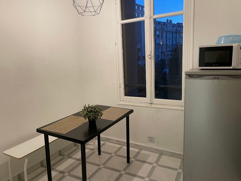 Appartement à louer 2 54.55m2 à Nice vignette-5
