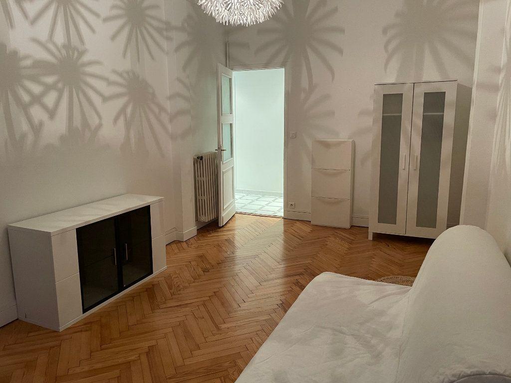 Appartement à louer 2 54.55m2 à Nice vignette-7