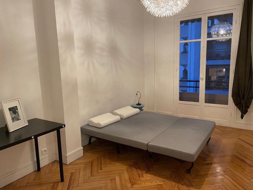 Appartement à louer 2 54.55m2 à Nice vignette-8