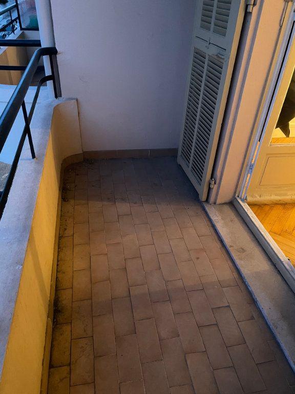 Appartement à louer 2 54.55m2 à Nice vignette-9