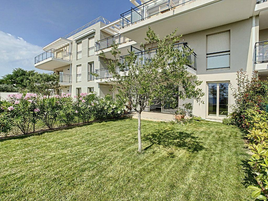 Appartement à vendre 2 40.62m2 à Nice vignette-2