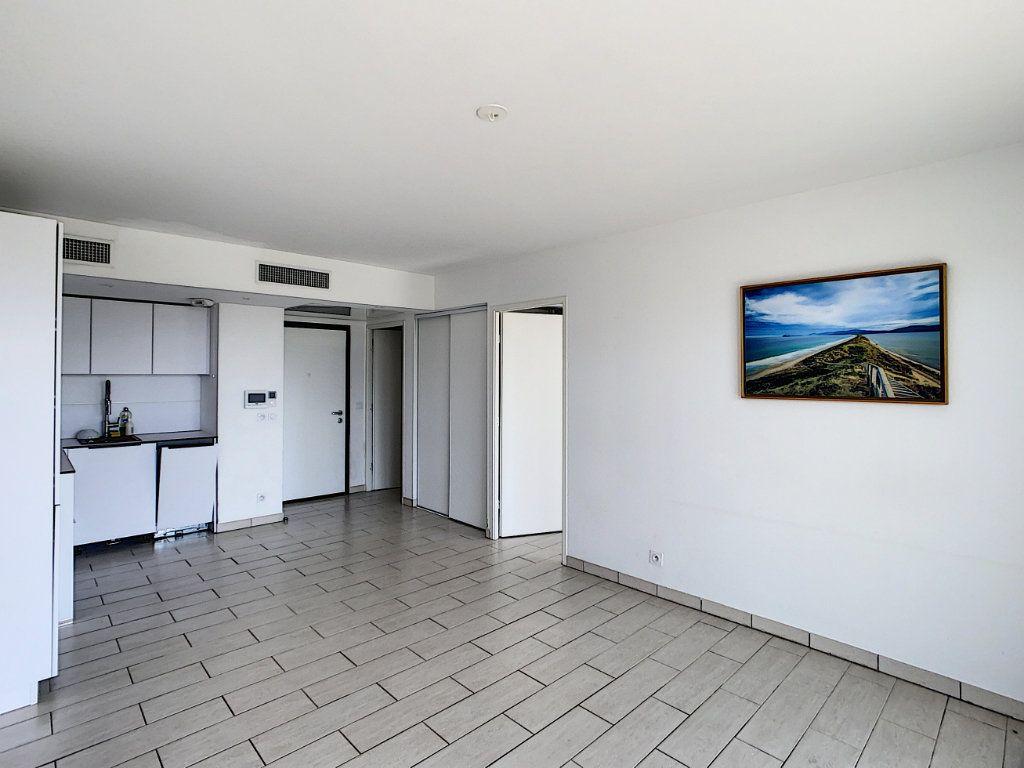 Appartement à vendre 2 40.62m2 à Nice vignette-4