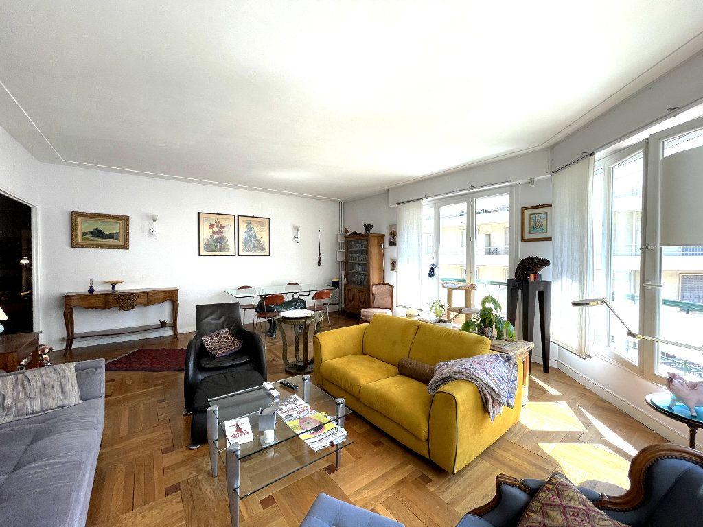 Appartement à vendre 4 134m2 à Nice vignette-1