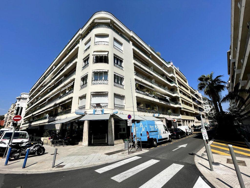 Appartement à vendre 4 134m2 à Nice vignette-4