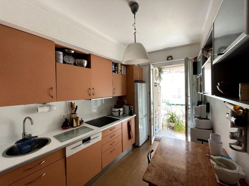 Appartement à vendre 4 134m2 à Nice vignette-5