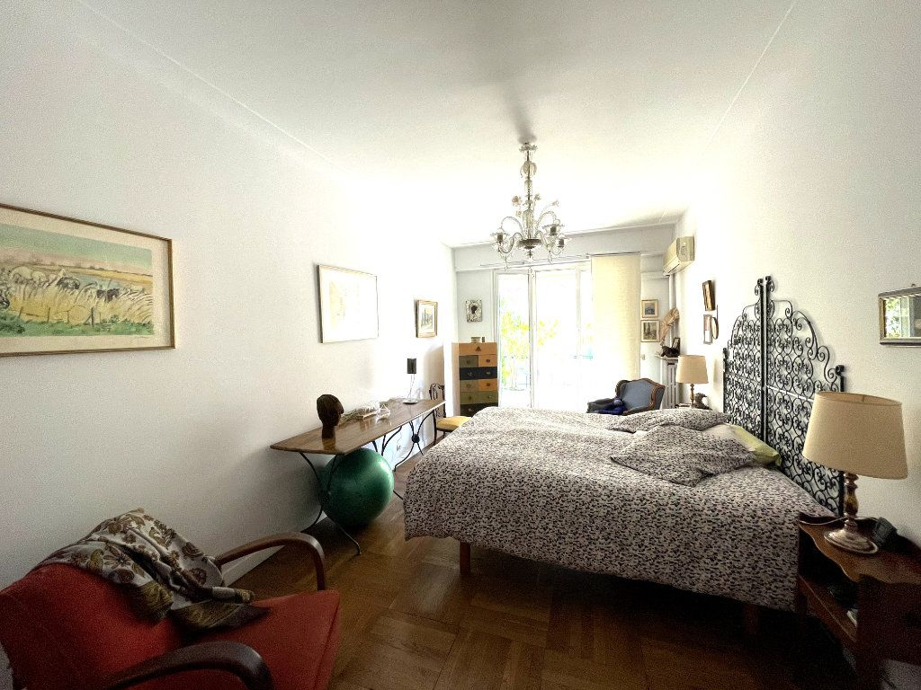 Appartement à vendre 4 134m2 à Nice vignette-8