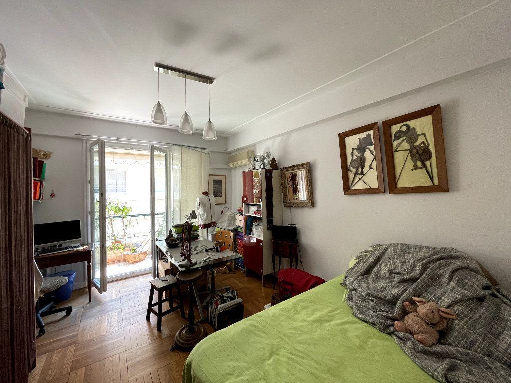 Appartement à vendre 4 134m2 à Nice vignette-9