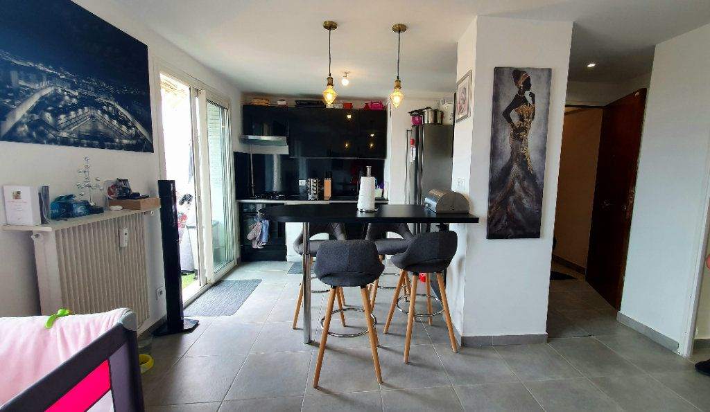 Appartement à vendre 2 39.54m2 à Nice vignette-2