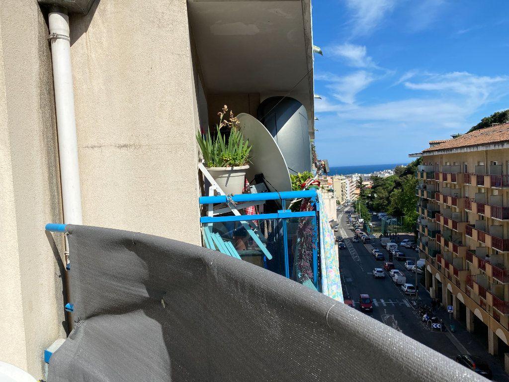 Appartement à vendre 1 20m2 à Nice vignette-6