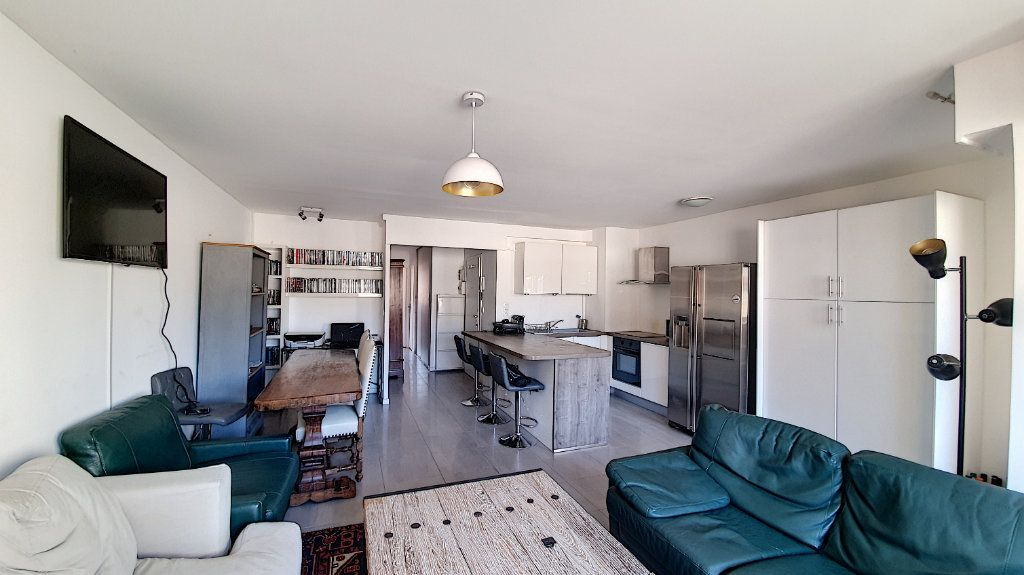 Appartement à vendre 3 64.55m2 à Nice vignette-3