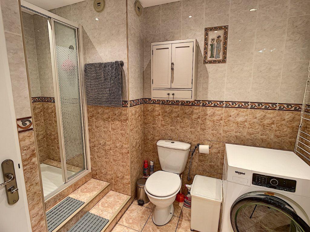 Appartement à louer 2 50.38m2 à Nice vignette-5