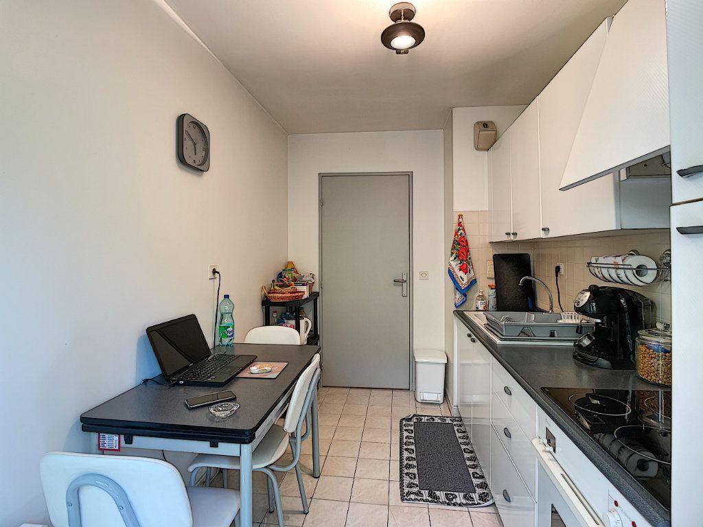 Appartement à vendre 2 57.8m2 à Nice vignette-10