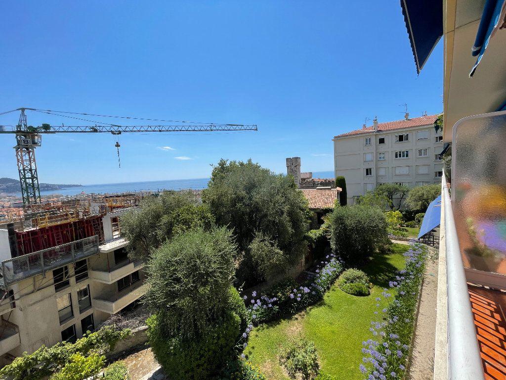 Appartement à louer 1 35.4m2 à Nice vignette-7