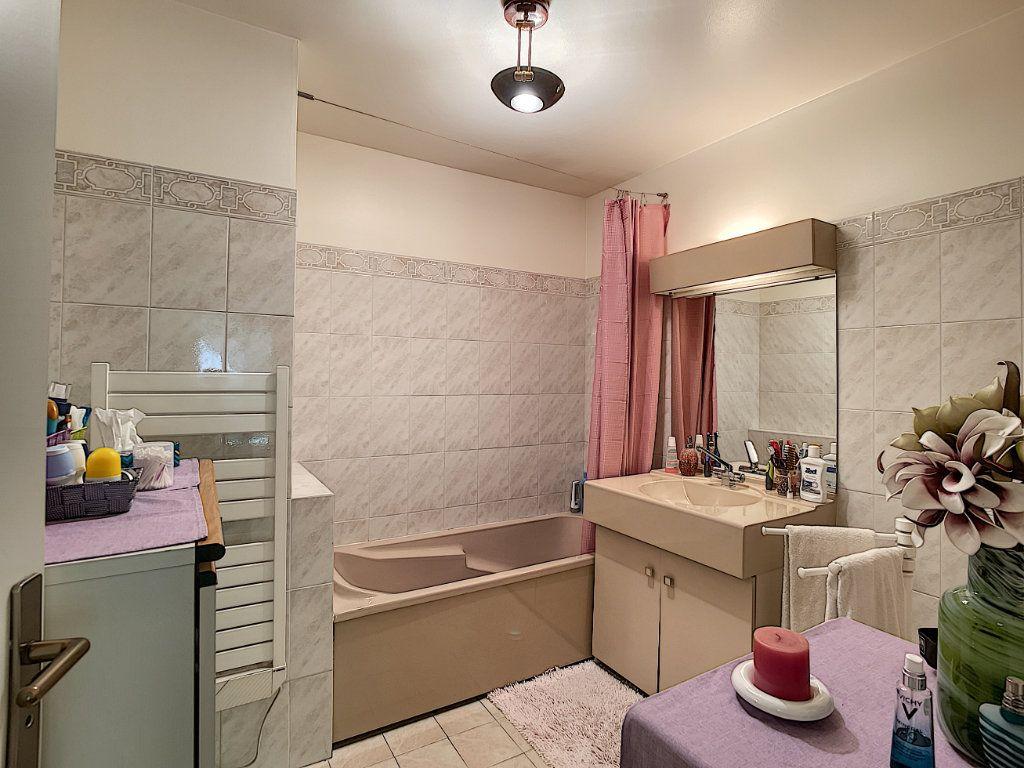 Appartement à vendre 2 57.8m2 à Nice vignette-13