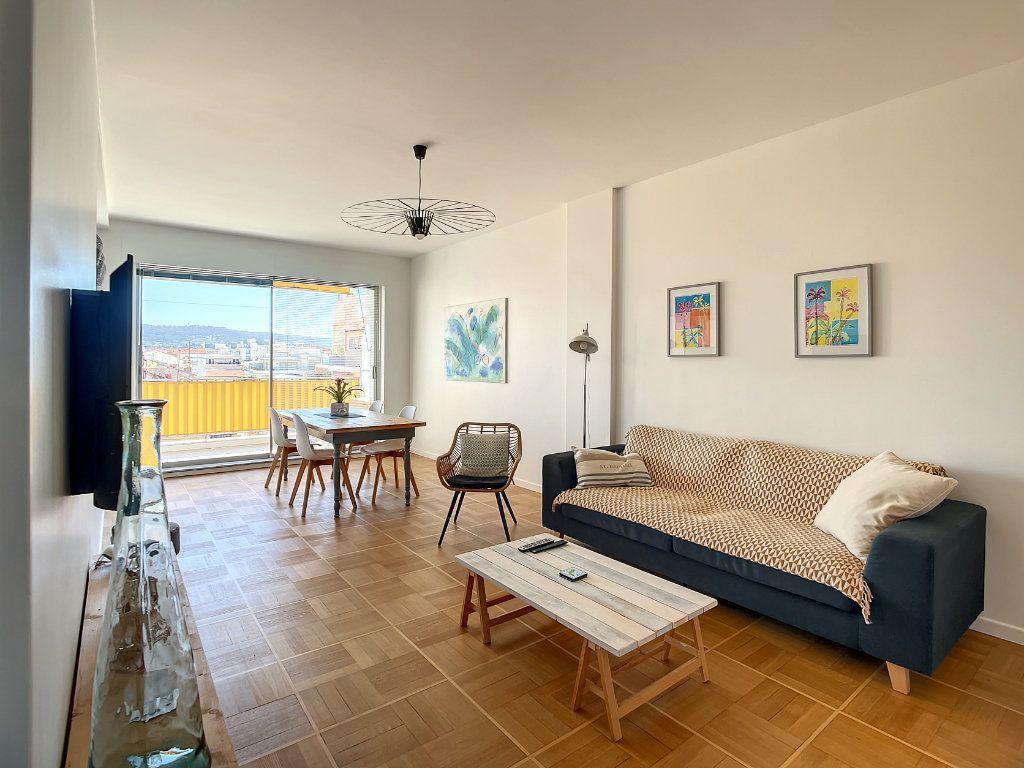 Appartement à vendre 4 104.17m2 à Nice vignette-1