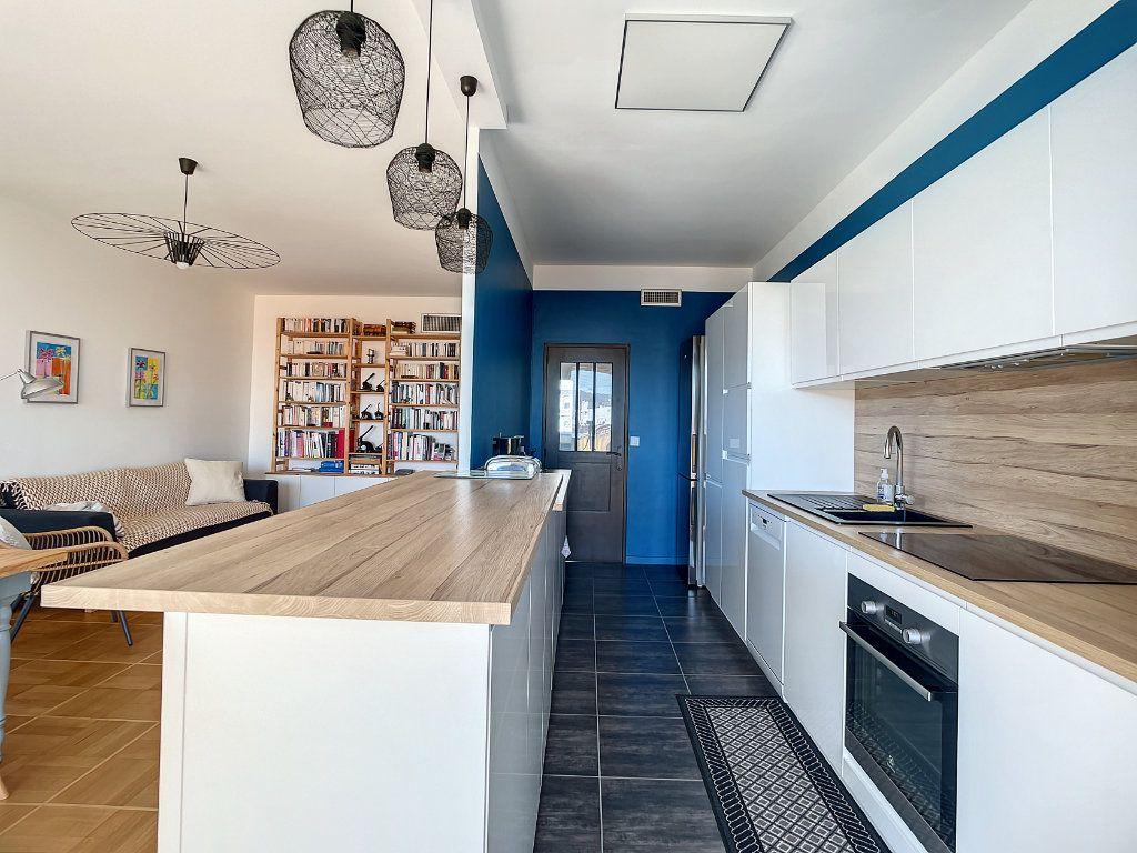 Appartement à vendre 4 104.17m2 à Nice vignette-6