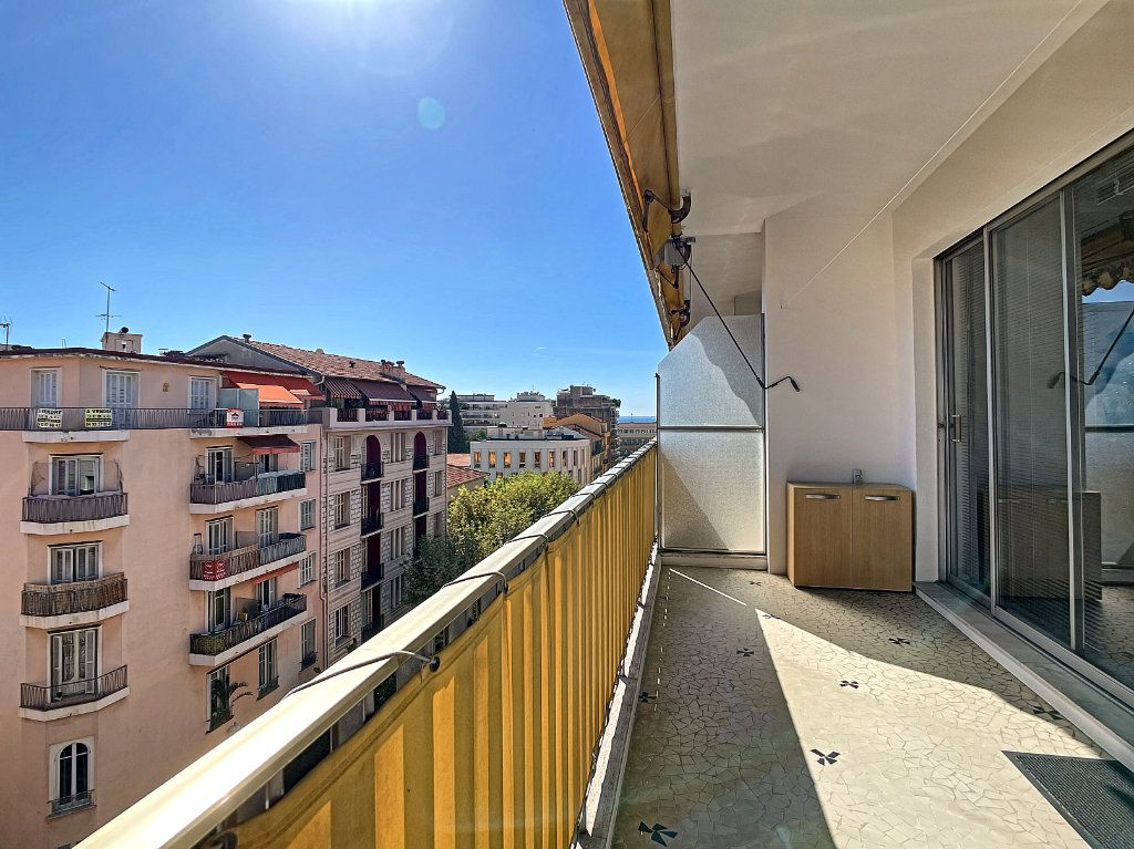 Appartement à vendre 4 104.17m2 à Nice vignette-8