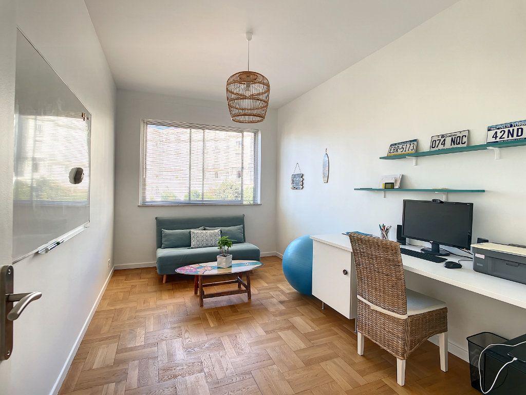 Appartement à vendre 4 104.17m2 à Nice vignette-13