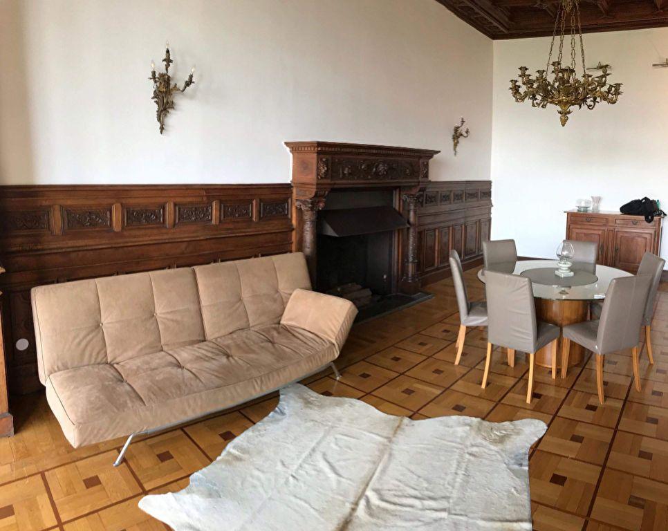 Appartement à louer 3 115.82m2 à Nice vignette-9