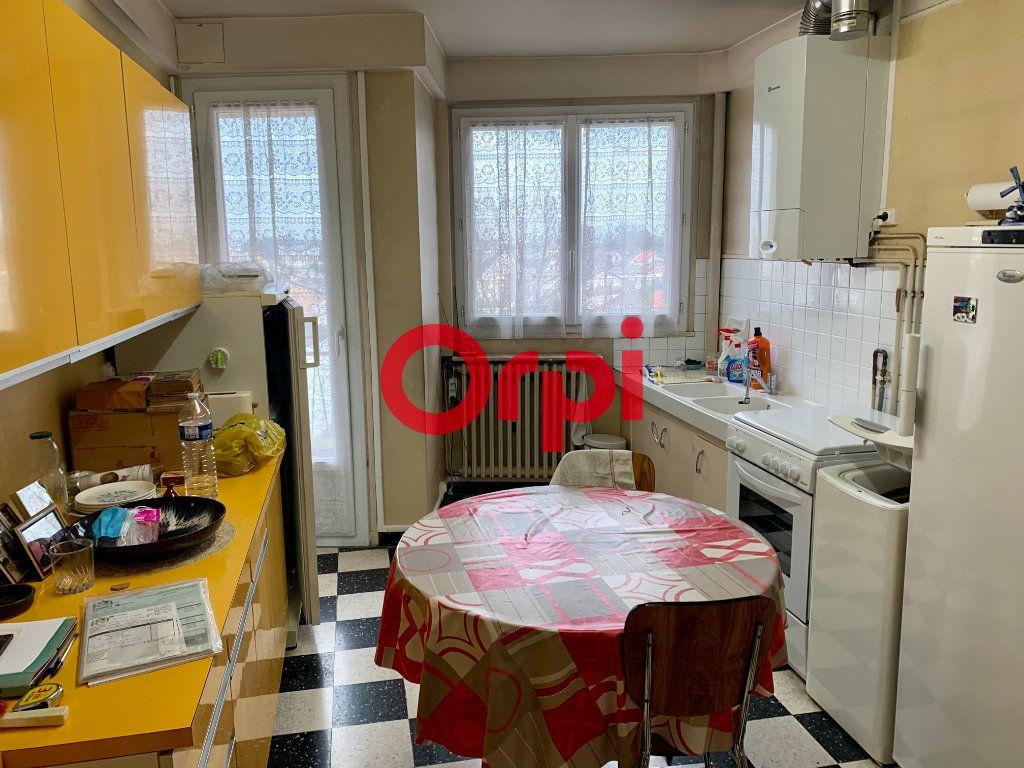 Appartement à vendre 4 96m2 à Livry-Gargan vignette-2