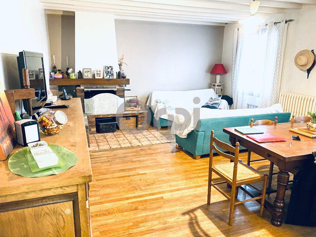 Maison à vendre 5 195m2 à Livry-Gargan vignette-2