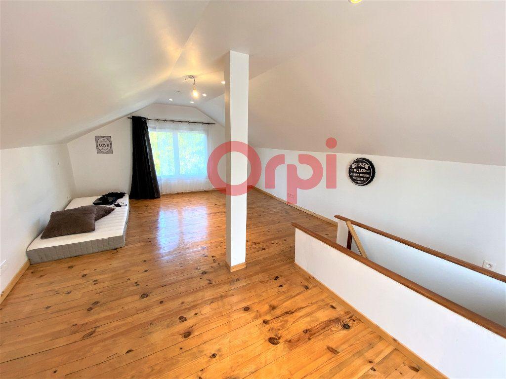Maison à vendre 4 144.39m2 à Livry-Gargan vignette-4