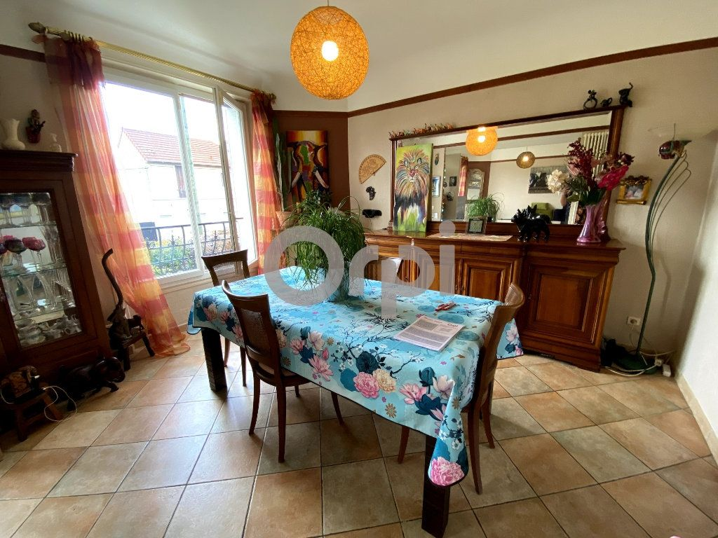 Maison à vendre 7 158m2 à Livry-Gargan vignette-3