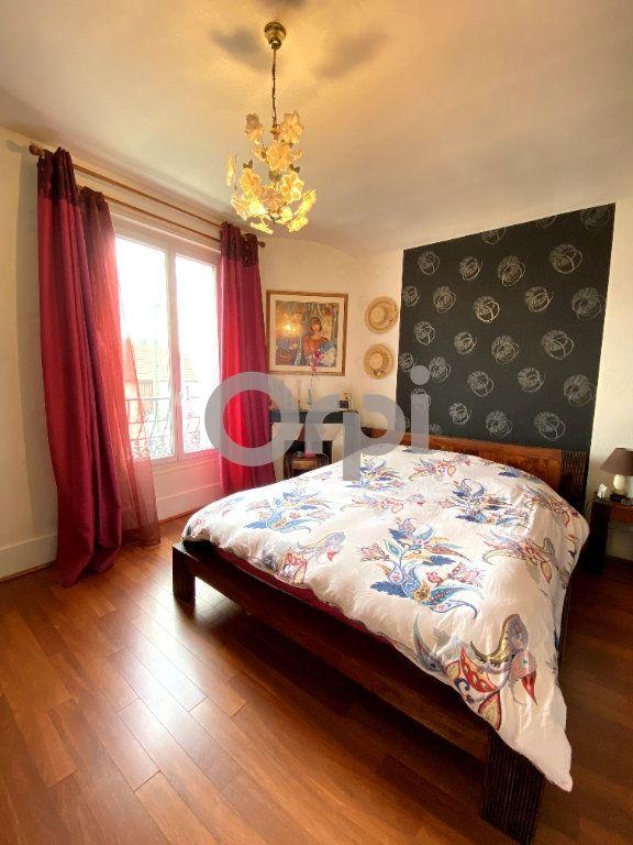 Maison à vendre 7 158m2 à Livry-Gargan vignette-5