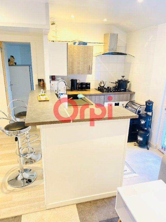 Maison à vendre 4 75m2 à Aulnay-sous-Bois vignette-6