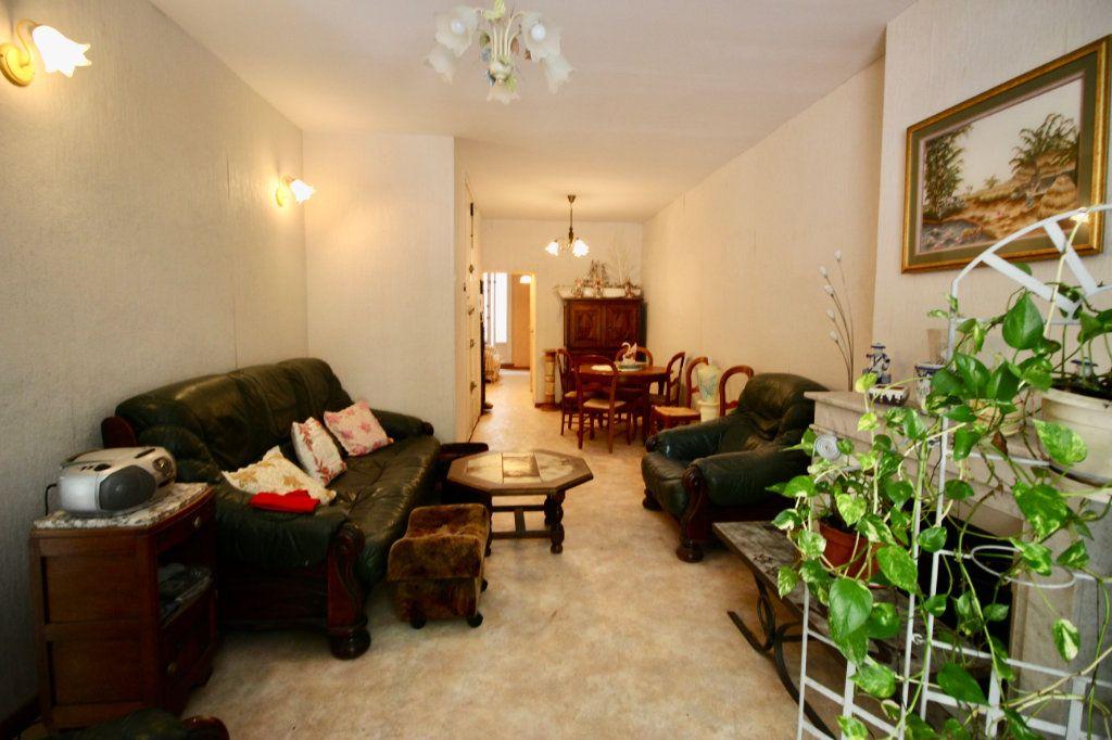 Appartement à vendre 3 78m2 à Sète vignette-6