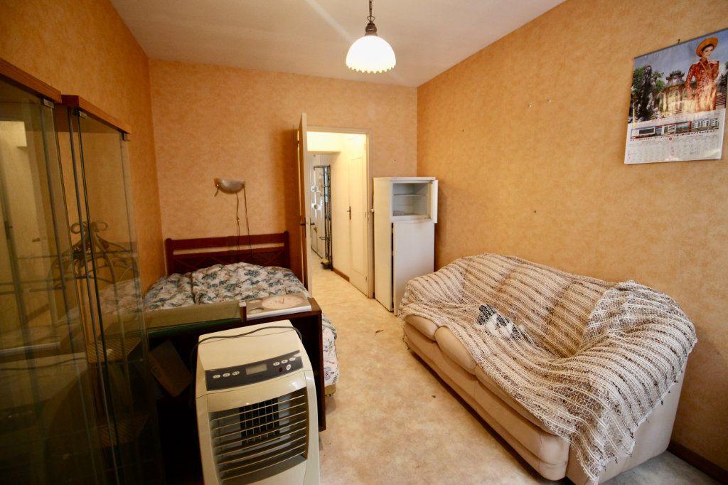Appartement à vendre 3 78m2 à Sète vignette-7