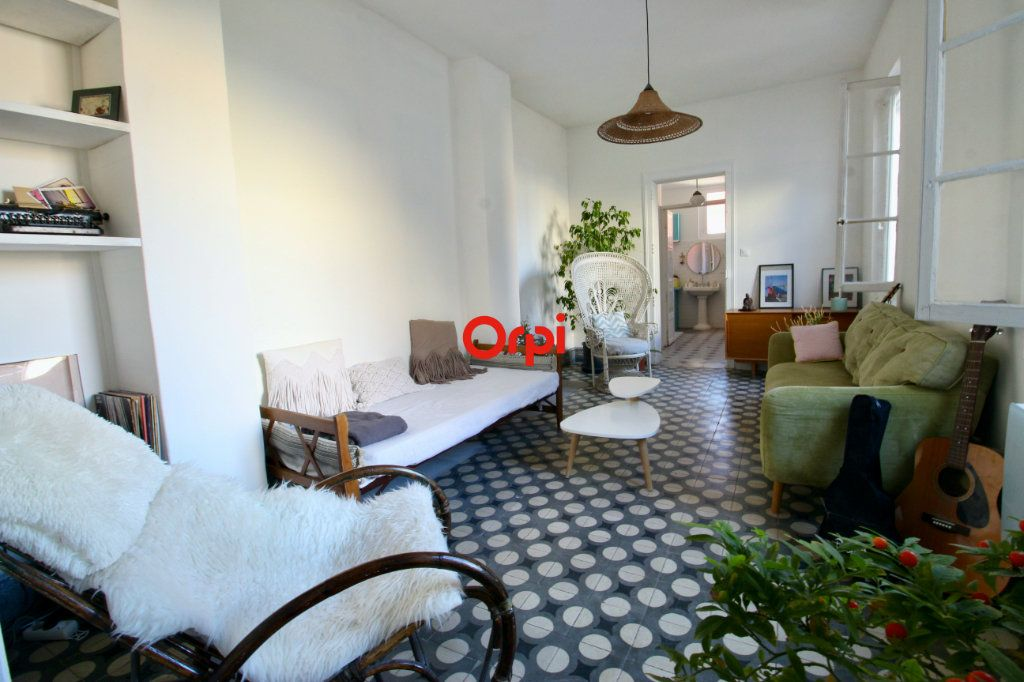 Appartement à vendre 4 90m2 à Sète vignette-1