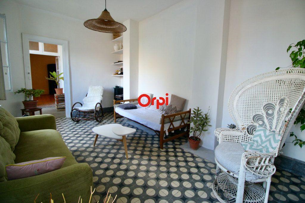 Appartement à vendre 4 90m2 à Sète vignette-4