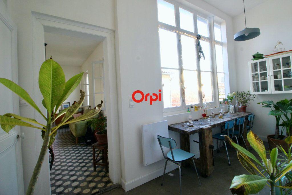 Appartement à vendre 4 90m2 à Sète vignette-5