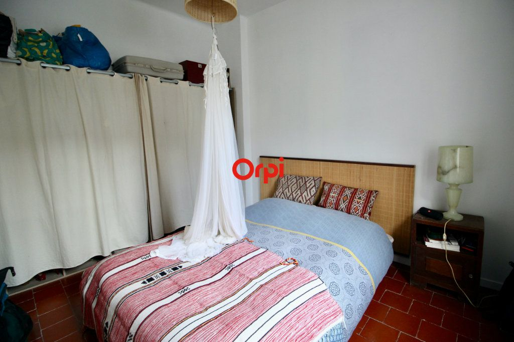 Appartement à vendre 4 90m2 à Sète vignette-13