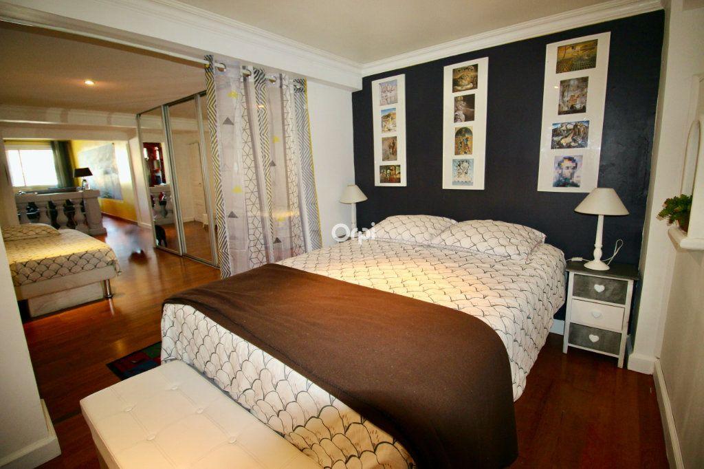 Appartement à vendre 2 50m2 à Sète vignette-3